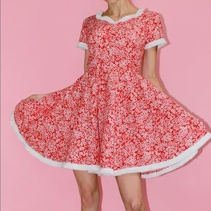 Vtg Fringe-Trim Holiday Floral 50s Swing Dress